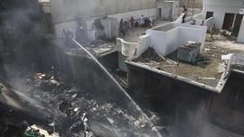 Insiden Pesawat Pakistan Jatuh karena Pilot Sibuk Bahas Covid