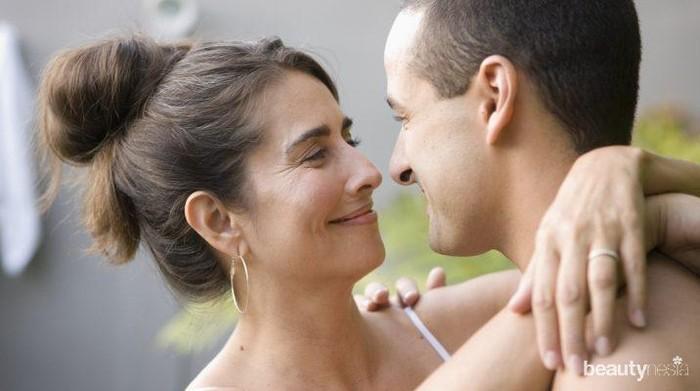 Punya Suami Lebih Muda, Ini Dia Suka Duka yang Dialami oleh Para Istri