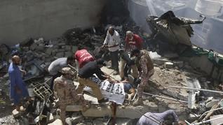 Kemenlu Sebut Tak Ada WNI dalam Kecelakaan Pesawat Pakistan