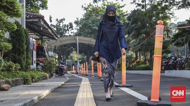 Gedung B di kawasan Balai Kota DKI Jakarta ditutup sementara setelah Wagub DKI Ahmad Riza dinyatakan positif Covid-19. Penutupan berlangsung 3 hari.
