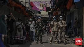 Anies Kerahkan TNI-Polri Jaga Pasar, Pembeli Makin Khawatir