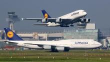 Lufthansa Rugi Rp33,4 Triliun Gara-gara Corona
