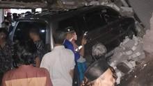 Mobil Kapolsek Tabrak Rumah di Rembang, 2 Orang Meninggal
