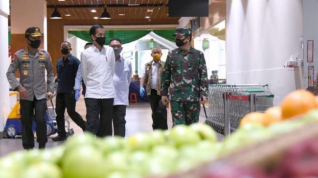 Presiden Joko Widodo meninjau kesiapan prosedur new normal di Summarecon Mal Bekasi, Selasa (26/5) / FOTO: Muchlis-Biro Setpres