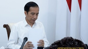 Jokowi Teken PP Tapera, Gaji Pekerja Bakal Dipotong Iuran