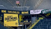 The empty stands are seen prior to the German first division Bundesliga football match BVB Borussia Dortmund v FC Bayern Munich on May 26, 2020 in Dortmund, western Germany. (Photo by Federico GAMBARINI / POOL / AFP) / DFL REGULATIONS PROHIBIT ANY USE OF PHOTOGRAPHS AS IMAGE SEQUENCES AND/OR QUASI-VIDEO