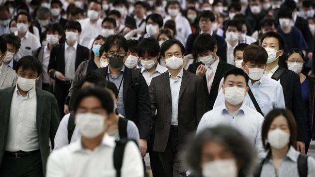 Pencabutan status darurat Covid-19 berlaku setelah Jepang menghadapi gelombang kelima virus corona sejak Agustus.