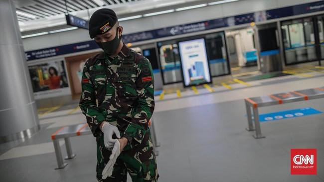 Prajurit TNI Ikut Terjun Lacak Mutasi Corona B117 di Karawang