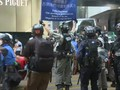 VIDEO: Polisi Tembakkan Gas Air Mata ke Demonstran Hong Kong