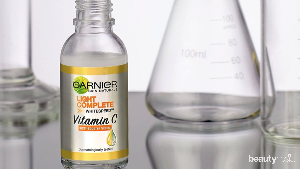 Garnier Light Complete Vitamin C 30x Booster Serum