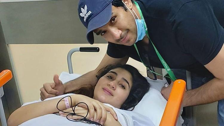 Tania Nadira melahirkan