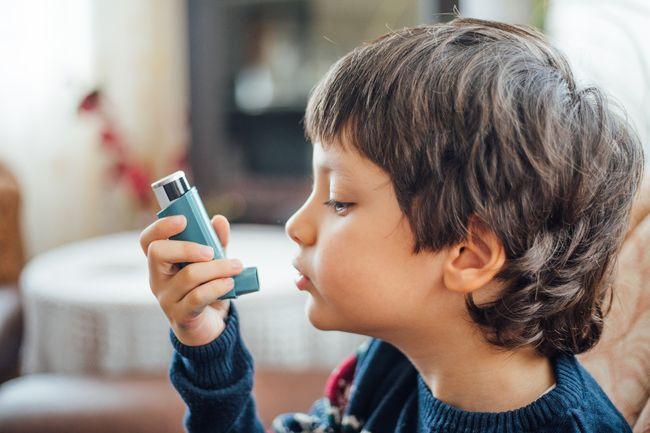 gejala asma anak
