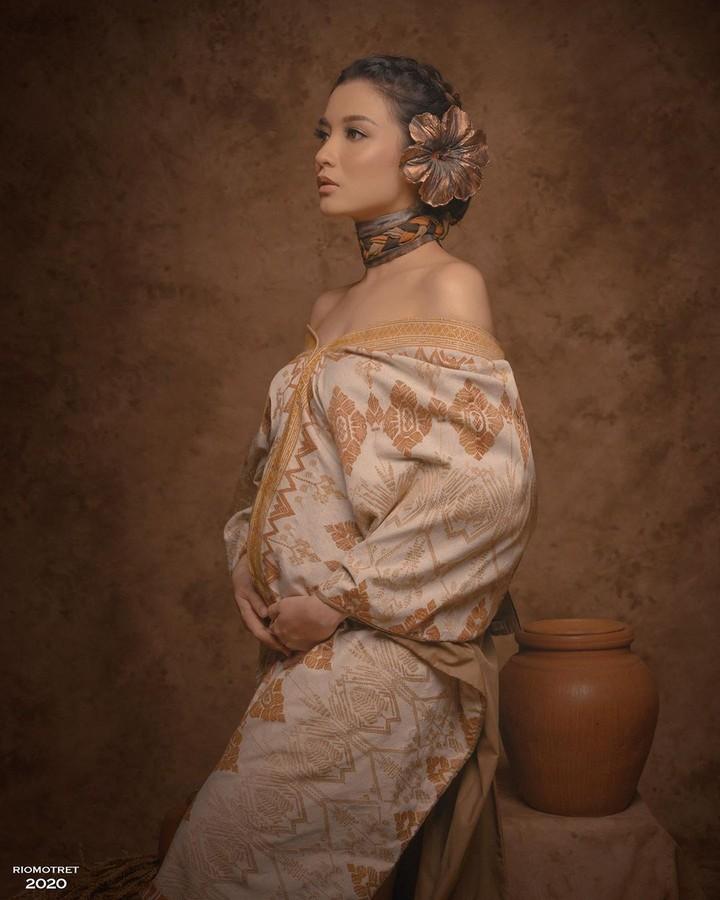 Artis hamil di tengah pandemi Corona