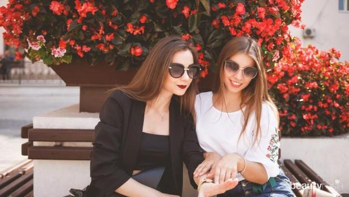 Cara Pintar Hadapi Teman yang Suka Pamer Tanpa Perlu Emosi