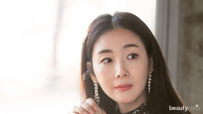 Rahasia Cantik dan Awet Muda Aktris Korea Choi Ji Woo di Usia 45 Tahun
