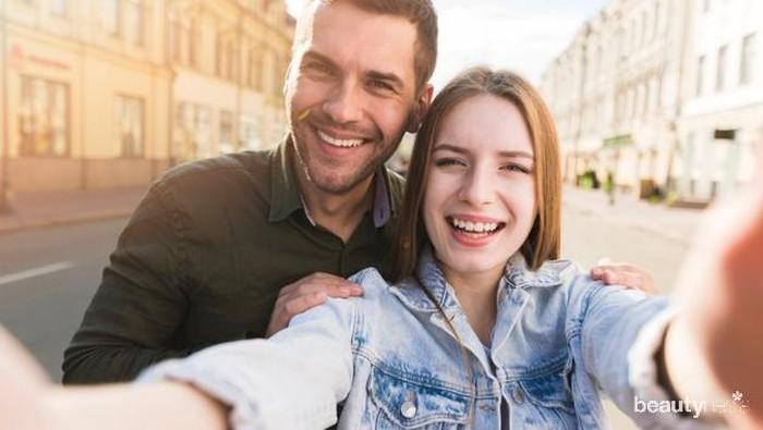 4 Hal Ini Tunjukan Bukti Bahwa Pasangan Bahagia Nggak Mesti Umbar Kemesraan di Medsos