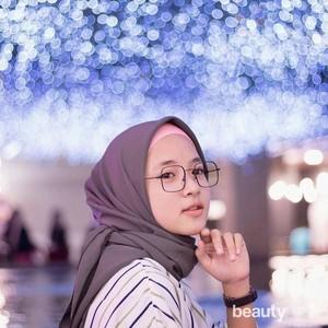 Tampil Cantik, 5 Inspirasi Gaya Hijab Nisa Sabyan Terbaru