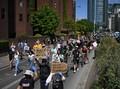 Aksi Solidaritas atas Kematian George Floyd Merambah ke Eropa