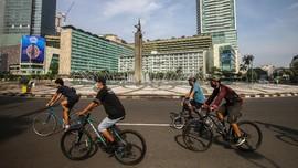 Polisi Olah TKP Kasus Tabrak Lari Pesepeda di Bundaran HI