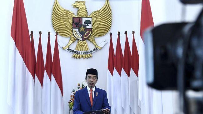 Presiden Joko Widodo memberikan sambutan dalam upacara hari Pancasila, Senin (1/6).