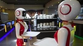 Menakar Peluang Pekerjaan Buruh RI 'Direbut' Robot