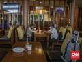 Faktor Penularan Corona Lewat Udara di Kantor, Restoran, Bus