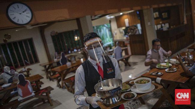 Ahli memberikan sejumlah saran ketika makan di restoran untuk menghindari penularan corona.