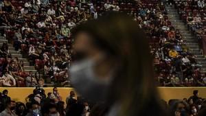 FOTO: Ribuan Orang Hadiri Konser di Lisbon kala Pandemi