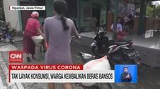 VIDEO: Tak Layak Konsumsi, Beras Bansos Dikembalikan Warga