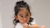 <p>Wah semakin pintar bergaya ya. Semoga jadi anak membanggakan, Bambang yang lucu dan menggemaskan. (Foto: Instagram @meisya_siregar)</p>
