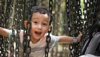<p>Putra sulung Dahlia dan Fandy bernama James Nathaniall Christian. James yang menggemaskan ini sekarang baru berusia 4 tahun. (Foto: Instagram @dahliachr)</p>