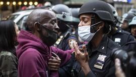 FOTO: Momen Haru di Tengah Gelombang Demo George Floyd
