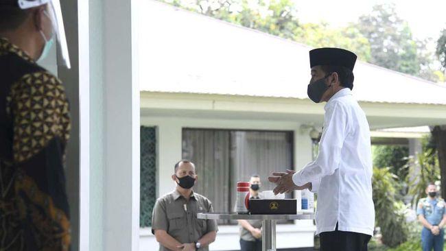 Pihak Istana Kepresidenan memastikan pelaksanaan Salat Jumat di masjid lingkungan istana menerapkan protokol kesehatan pencegahan Covid-19 yang ketat.