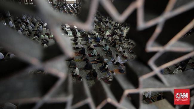 Jumat merupakan hari yang berkah bagi umat muslim. Berikut doa rasul setelah sholat Jumat yang bisa diteladani untuk melengkapi hari Jumat.