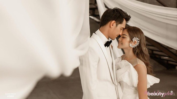 Makin Lengket, Ini 5 Foto Jessica Iskandar & Richard Usai Tunda Pernikahan