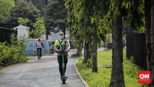 FOTO : Olahraga di Kawasan GBK saat PSBB Transisi