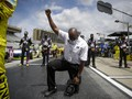 FOTO: Aksi Protes Damai di NASCAR Atlanta