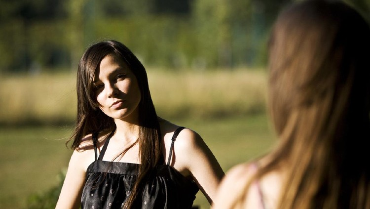 Ilustrasi wanita bertengkar