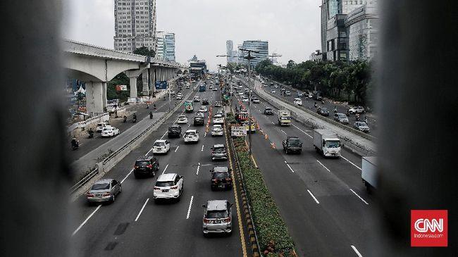 Jasa Marga menaikkan tarif Tol Jakarta Outer Ring Road Rp1.000 per golongan mulai 17 Januari 2021. Kenaikan juga berlaku untuk lima ruas tol lainnya.