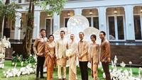 <p>CEO perusahaan tol Fitria Yusuf yang baru saja mualaf melangsungkan pernikahannya dengan Wakid Khalid pada Sabtu, 30 Mei 2020. (Foto: Instagram @fitriayusuf_official)</p>