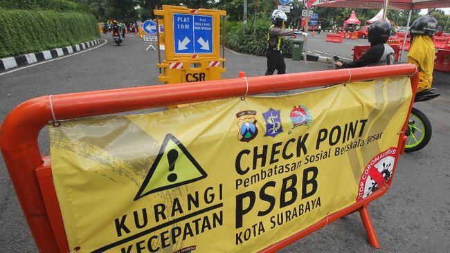 Penyekatan menyusul larangan mudik Lebaran semula hanya diterapkan di 6 titik masuk ke Kota Surabaya, tapi kini lantas ditambah menjadi 13 titik.