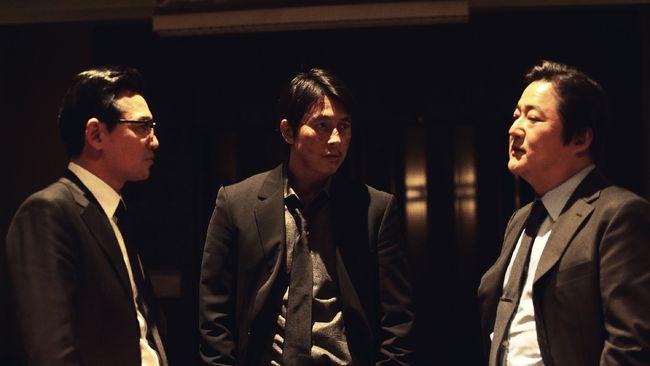 Acara K-Movievaganza Trans7 akan menayangkan film yang dibintangi Jung Woo-sung, Asura: The City of Madness, pada Selasa (4/8) pukul 21.30 WIB.