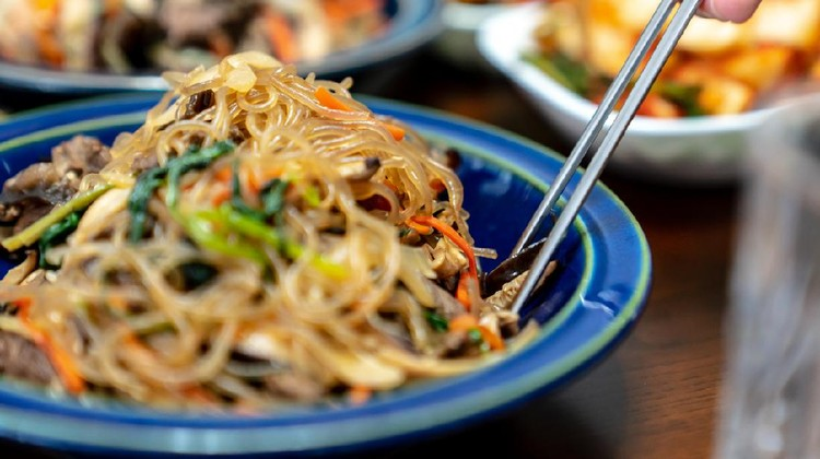 This dish usually eats every famous Korea thanksgiving holiday called Chuseok.