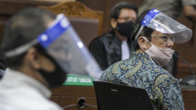 Kejaksaan Agung menyita lokasi tambang milik tersangka Heru Hidayat dan Benny Tjokrosaputro yang diduga berkaitan dengan kasus dugaan korupsi di PT ASABRI.