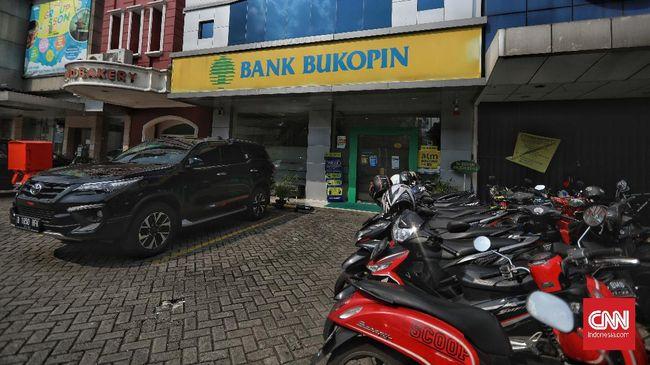 Ilustrasi Bank Bukopin. CNN Indonesia/Bisma Septalisma