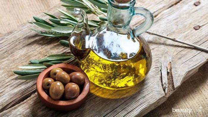 Bukan Hanya Untuk Masakan, Simak 5 Manfaat Minyak Zaitun Bagi Kecantikan