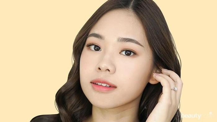 Molita Lin, Beauty Vlogger Cantik Inspiratif yang Juga Mama Muda!