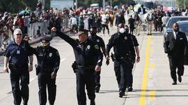 Usai Kematian George Floyd, Puluhan Polisi AS Pilih Berhenti