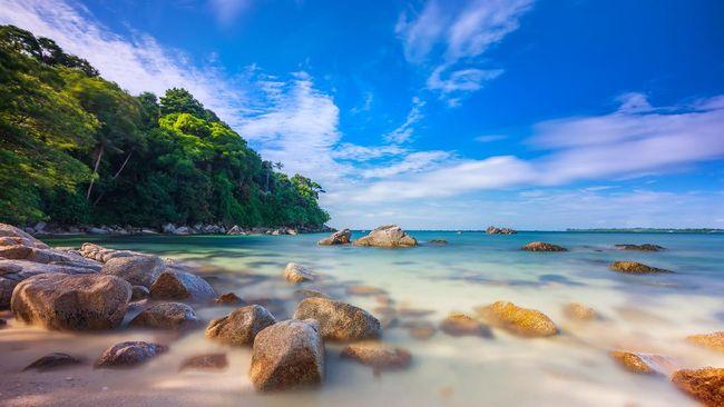 Menparekraf Sandiaga Uno menyebut protokol kesehatan di Bintan terbaik, dan segera meninjau kemungkinan travel bubble dengan Singapura.