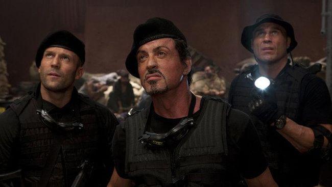 Bioskop Trans TV malam ini, Rabu (14/4), akan menayangkan The Expendables 2 (2012) pada pukul 21.30 WIB.